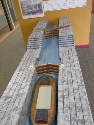 A hands-on depiction of how the locks of the canal work.