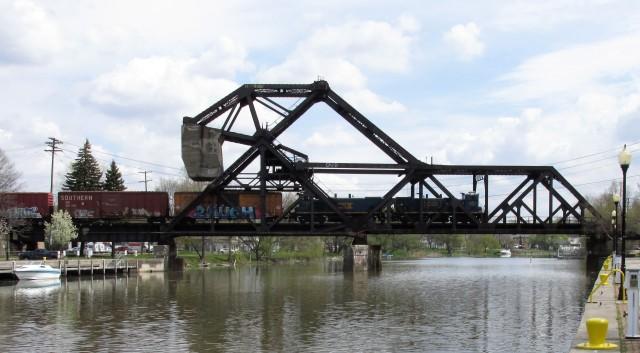 Jack-Knife Bridge